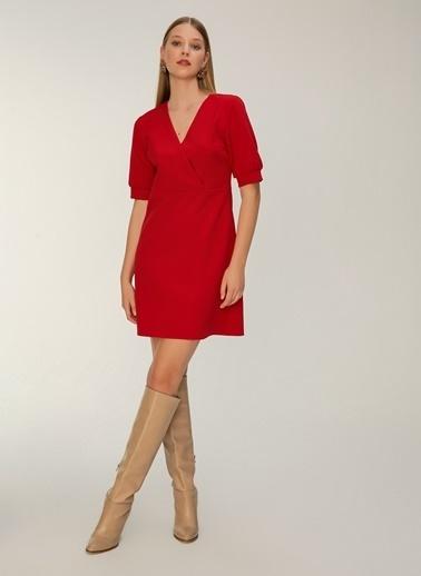 NGSTYLE Kruvaze Yakalı Elbise Kırmızı